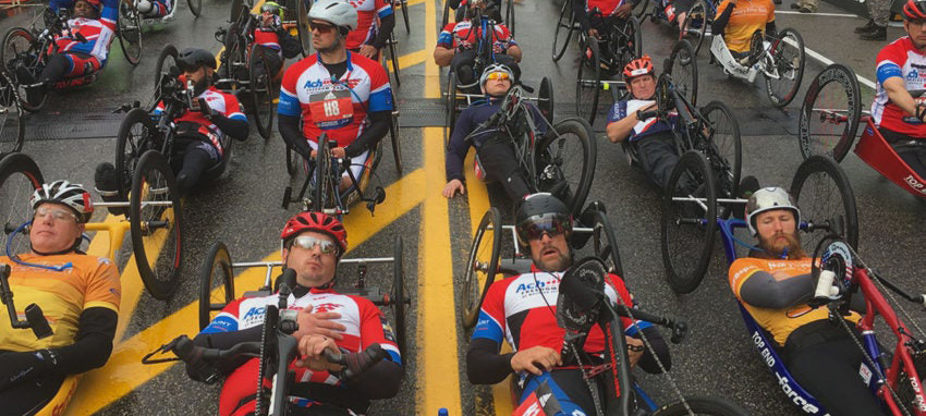 handcycle race at the starting line